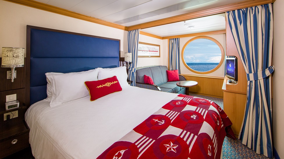 DM09a deluxe oceanview stateroom