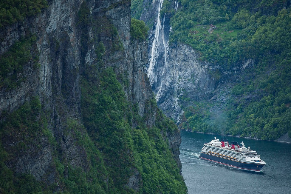 Todo sobre los cruceros por los fiordos noruegos