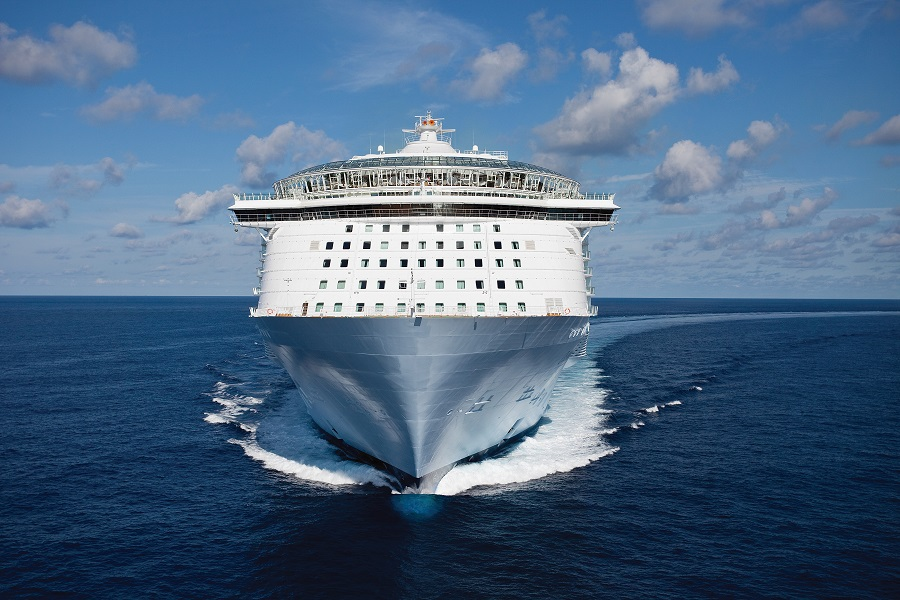 Nueva Venta de Royal Caribbean ofrece 50% Depósito Reducido, hasta $200 Crédito Abordo y 30% Descuento para Salidas de Septiembre 2016 hasta Abril 2018