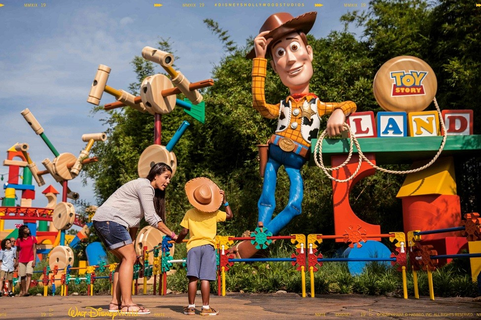 Ventajas de reservar tus vacaciones a Walt Disney World con nosotros